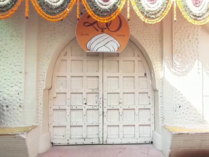 યાત્રાધામ વિરપુરમાં જલારામબાપાનું મંદિર જન્માષ્ટમીના તહેવારોને ધ્યાને લઇ 27 ઓગસ્ટથી 1 સપ્ટેમ્બર સુધી બંધ રહેશે|રાજકોટ,Rajkot - Divya Bhaskar