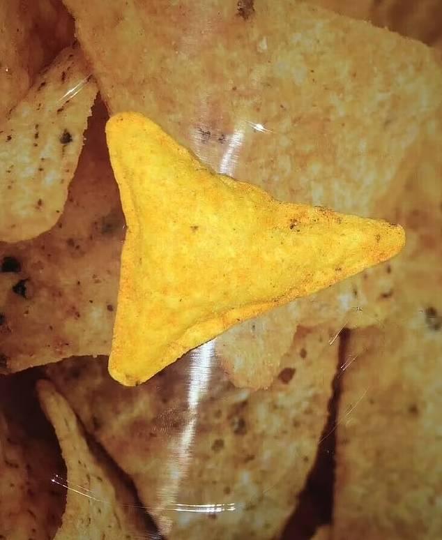 ડોર્ટિસના પેકેટમાં રહેલી 'પફી ચિપ'