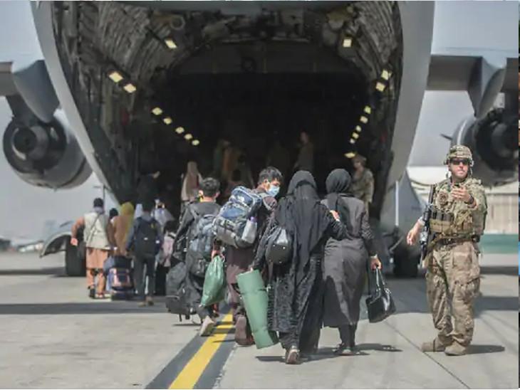 તાલિબાન પ્રવક્તા ઝબીહુલ્લા મુજાહિદે કહ્યું હતું કે જે લોકો દેશ છોડીને ગયા છે તેઓ પરત આવે. અમે ભૂતકાળની દરેક વાત ભૂલી ગયા છીએ.