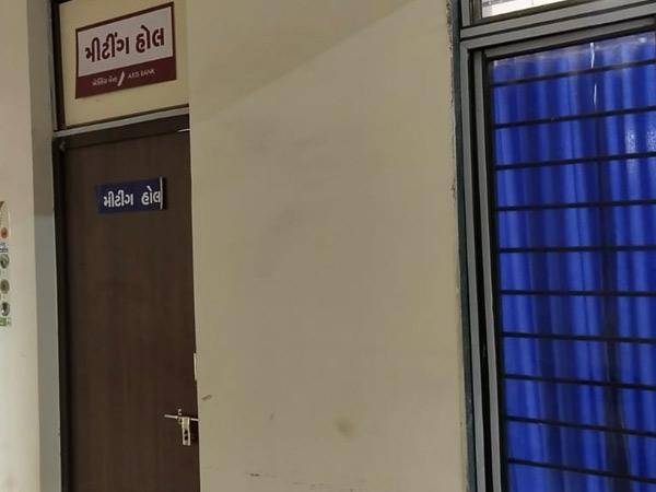 સાણંદ તાલુકા પંચાયતની યોજાયેલી સામાન્ય સભામાં 12 કરોડના કામોની બહાલી કરાઈ. - Divya Bhaskar