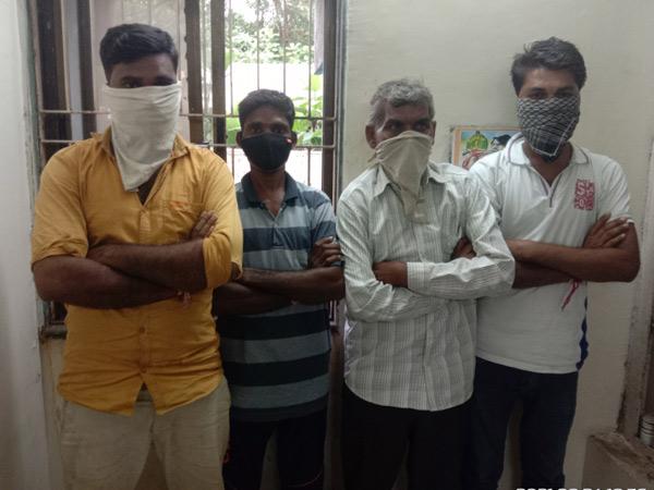 ધરપકડ કરાયેલ ચાર આરોપીઓ. - Divya Bhaskar
