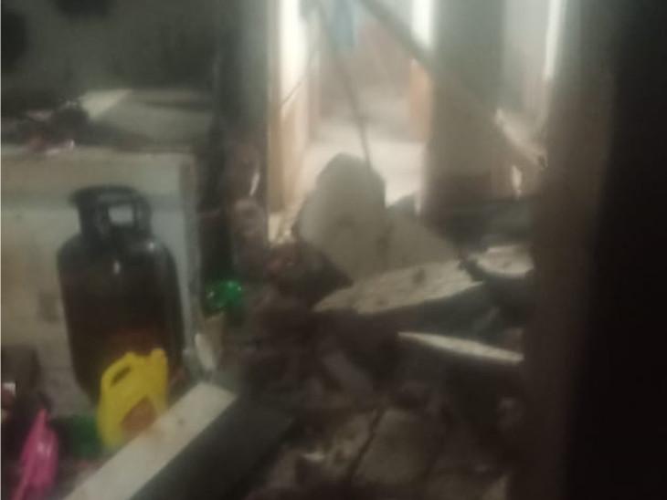 કામરેજના લસકાણામાં ઘરમાં રસોઈ બનાવતી વખતે ગેસની બોટલમાં બ્લાસ્ટ થતાં 3 લોકો ગંભીર રીતે દાઝ્યાં|સુરત,Surat - Divya Bhaskar