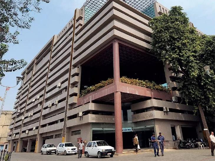 AMC ઓફિસની ફાઈલ તસવીર - Divya Bhaskar