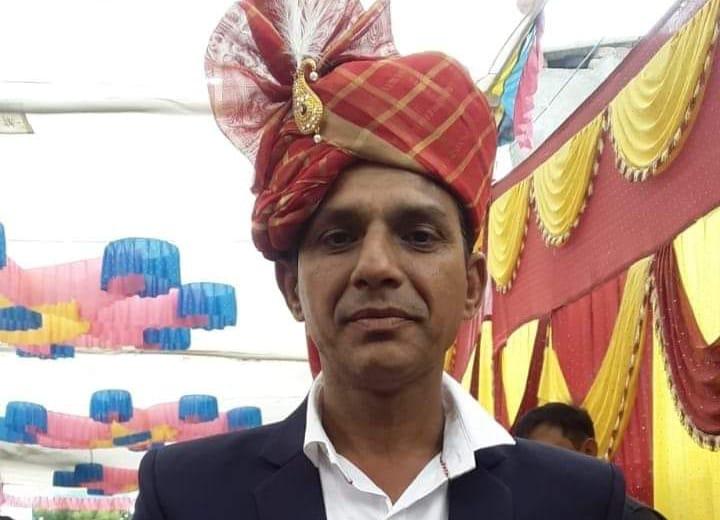 સુરેન્દ્રનગરમાં વકીલ બન્યો હેવાન, સગીરાને જુબાની શીખવવાના બહાને બોલાવી સૃષ્ટિ વિરુદ્ધનું કૃત્યુ આચર્યું|સુરેન્દ્રનગર,Surendranagar - Divya Bhaskar