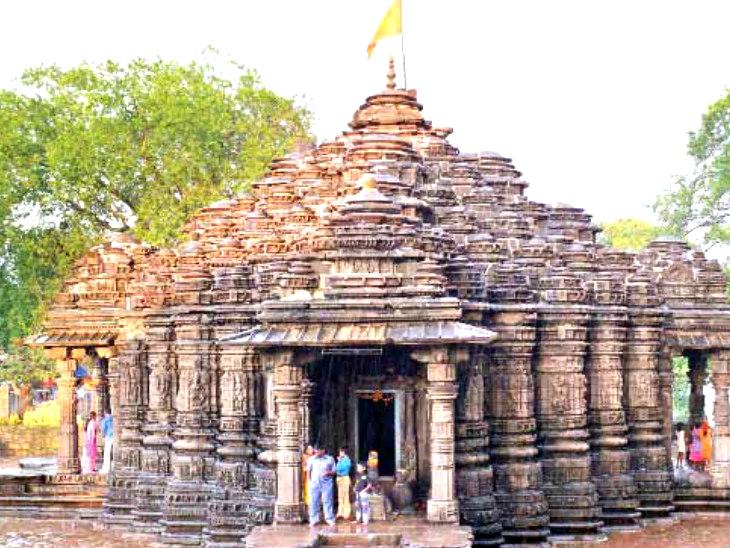 અંબરનાથ શિવ મંદિર; પૌરાણિક કથા પ્રમાણે પાંડવોએ એક જ પત્થર દ્વારા એક જ રાતમાં આ મંદિર બનાવી દીધું હતું|ધર્મ,Dharm - Divya Bhaskar