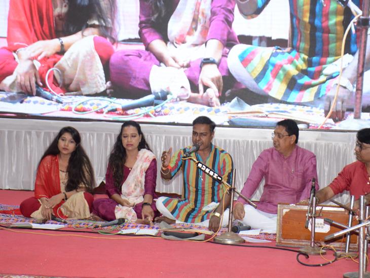 મેઘાણીજી ગુજરાતી સાહિત્યનું ગૌરવ છે એ વાતનો સૌ ગર્વ લે : મંત્રી વિભાવરીબેન દવે|મહેસાણા,Mehsana - Divya Bhaskar