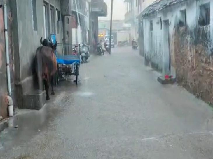 વિરપુરમાં ધોધમાર વરસાદ.