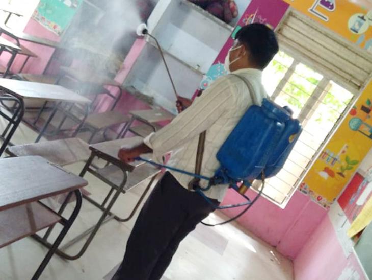 સેનિટાઇઝેશન અને સફાઇ સહિતની તમામ તૈયારીઓ તંત્ર દ્વારા કરી લેવાઇ - Divya Bhaskar