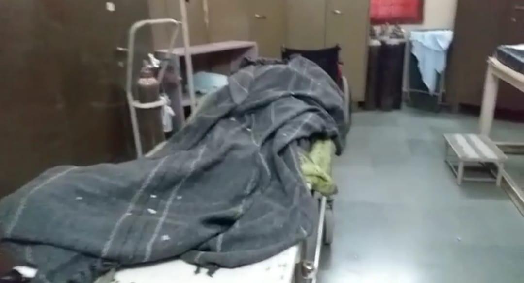 સુરેન્દ્રનગરના ઝીંઝુવાડામાં સામાન્ય બોલાચાલીમાં તલવારો ઉડતા આધેડની હત્યા - Divya Bhaskar