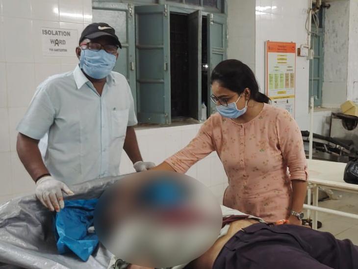 હળવદના કાલોલમાં ઝેરી દવા પી આધેડે જીવન ટૂંકાવ્યું, વ્યાજખોરોનો ત્રાસ કારણભૂત હોવાનો પરિવારજનોનો આક્ષેપ - Divya Bhaskar