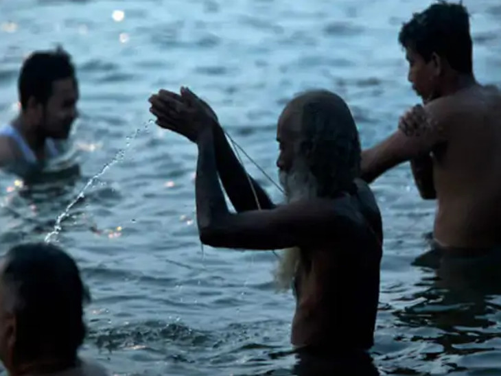 શ્રાવણ મહિનાની અમાસ બે દિવસ સુધી રહેશે, 6 સપ્ટેમ્બરે શ્રાદ્ધ અને પૂજા જ્યારે 7મીએ સ્નાન-દાન કરવું શુભ રહેશે|ધર્મ,Dharm - Divya Bhaskar