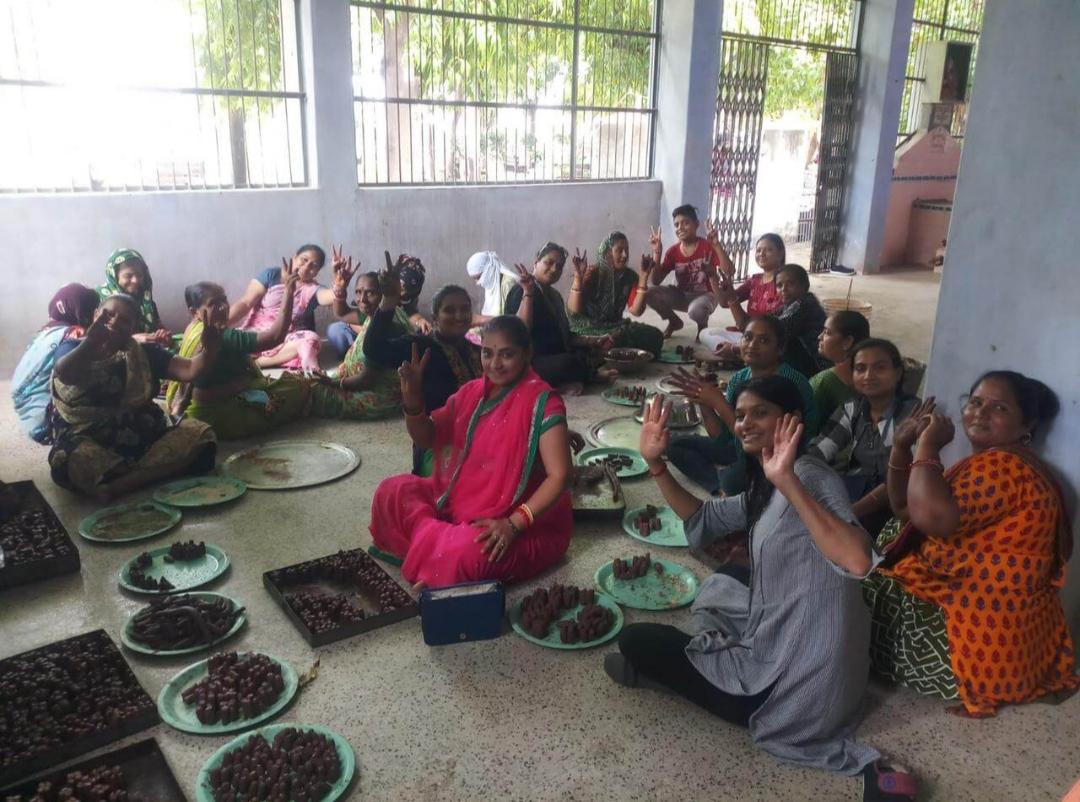 મોરબીમાં સૌ પ્રથમવખત સવા લાખ શિવલિંગ બનાવી સોમવારે કરાશે પૂજા - Divya Bhaskar