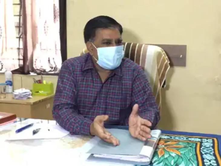રાજકોટમાં શિક્ષક દિન નિમિતે કોરોના મહામારીનો ભોગ બનેલા શિક્ષકોને સહાય નહીં મળતાં શિક્ષકોએ અફસોસ વ્યક્ત કર્યો રાજકોટ,Rajkot - Divya Bhaskar