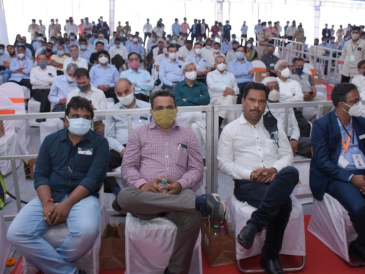 સેક્ટરલ યુનિવર્સિટીઓ શરૂ કરીને ગુજરાતે વિકસતા ઉદ્યોગો માટે જરૂરી કુશળ માનવ સંપદાનો પ્રબંધ કર્યો છેઃCM