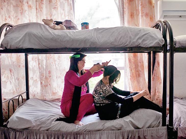 કાબુલમાં મહિલાઓનું એક શેલ્ટર હોમ. - Divya Bhaskar