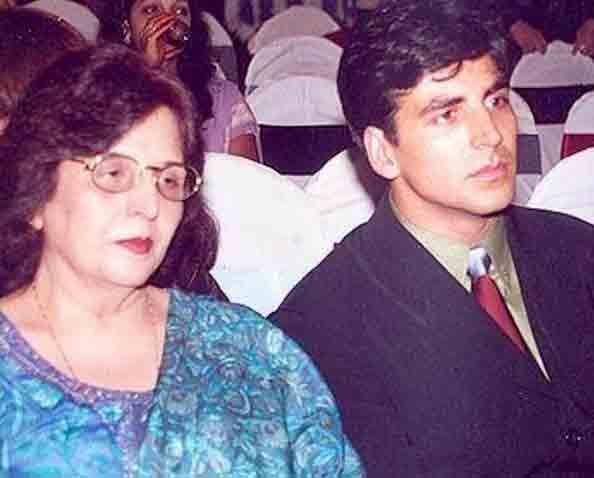 જ્યારે અક્ષય કુમારે ભાવુક થઈને કહ્યું હતું, 'મમ્મીએ જે પણ આપ્યું એના માટે તેમનું ઋણ ક્યારેય ચૂકવી શકીશ નહીં'|બોલિવૂડ,Bollywood - Divya Bhaskar