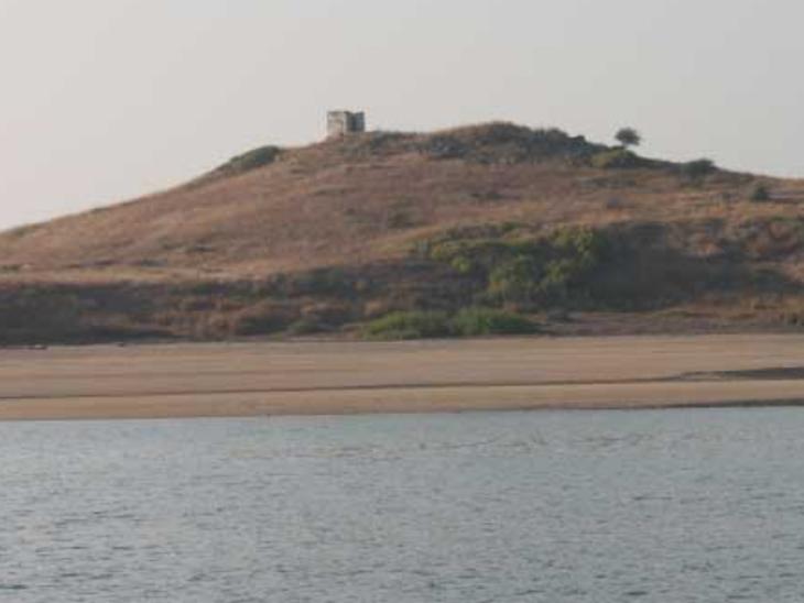 દ્વારકા જિલ્લાના ટાપુઓ પર પૂર્વ મંજુરી વિના પ્રવેશ પર પ્રતિબંધ|દ્વારકા,Dwarka - Divya Bhaskar
