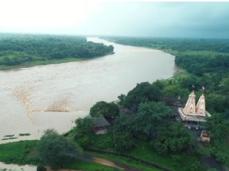 નવસારીની ઔરંગા નદીમાં ઘોડાપૂર
