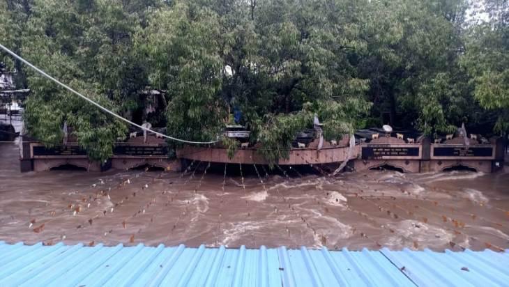 જળમગ્ન થયેલ માઘવરાય મંદિર