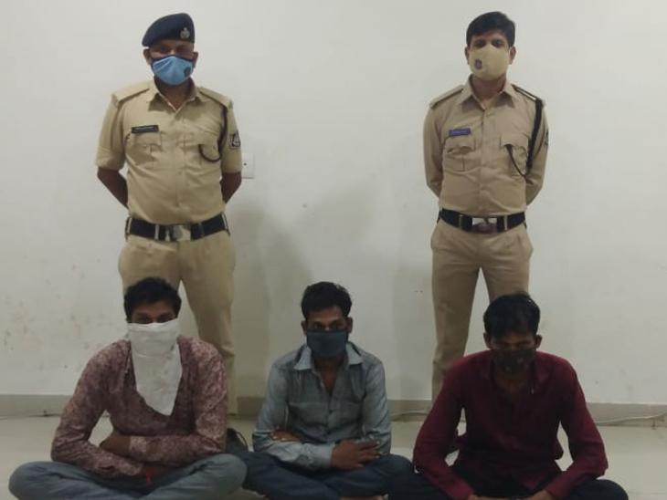 અમદાવાદ, ગાંધીનગર અને દાહોદમાં ઘરફોડ ચોરી કરનાર ઝડપાયેલા ત્રણ યુવકો - Divya Bhaskar