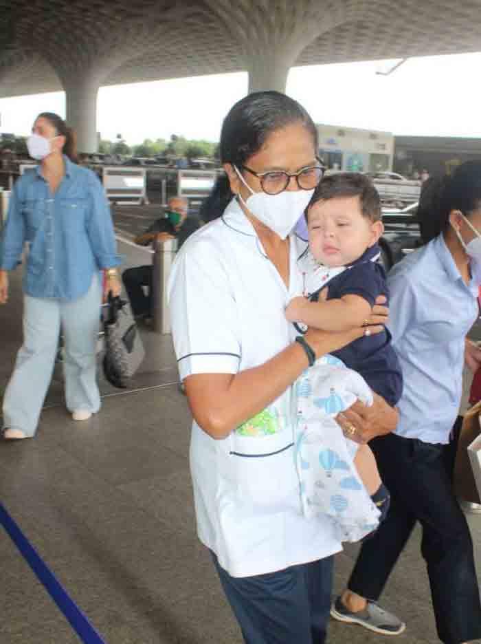 , સેલેબ લાઇફ:એરપોર્ટ પર કરીના કપૂર 3 લાખની બેગ સાથે જોવા મળી, પતિ ને દીકરાઓ પણ હતાં સાથે, The World Live Breaking News Coverage & Updates IN ENGLISH