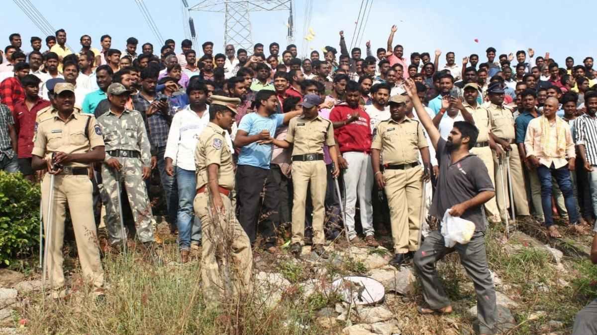 હૈદરાબાદમાં નવેમ્બર 2019માં દિશા રેપ કેસના આરોપીઓનું એન્કાઉન્ટર કરવામાં આવ્યું હતું.