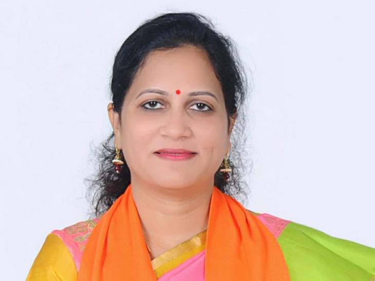 વડોદરાના બાજવાડામાંથી 24 વર્ષે ફરી એકવાર કેબિનેટ મંત્રી, મનીષાબેન માટે ટિકિટ જેવું જ આશ્ચર્ય|વડોદરા,Vadodara - Divya Bhaskar