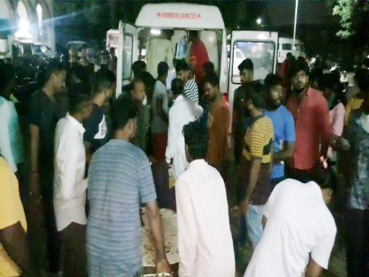 10 લોકોને રાજકોટ ખાતે ખસેડવામાં આવ્યા