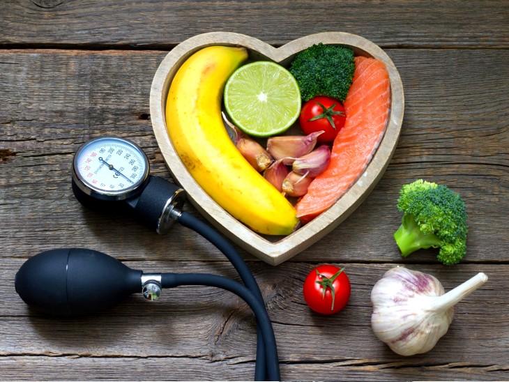 અસંતુલિત બ્લડ પ્રેશર હૃદય અને મગજ માટે ખતરનાક સાબિત થઈ શકે છે, કન્ટ્રોલ કરવા માટે 2-3-4નો આ ફોર્મ્યુલા અપનાવો|હેલ્થ,Health - Divya Bhaskar