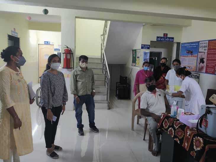 વડાપ્રધાનના નરેન્દ્ર મોદીના જન્મદિવસે મેગા રસીકરણનું આયોજન કરાયું હતું. - Divya Bhaskar