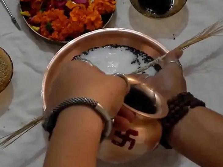 6 ઓક્ટોબર સુધી શ્રાદ્ધ કર્મ સાથે જ જરૂરિયાતમંદ લોકોને દાન કરો, નાના બાળકોને ભોજન કરાવો અને ગૌમાતાની સેવા કરો|ધર્મ,Dharm - Divya Bhaskar