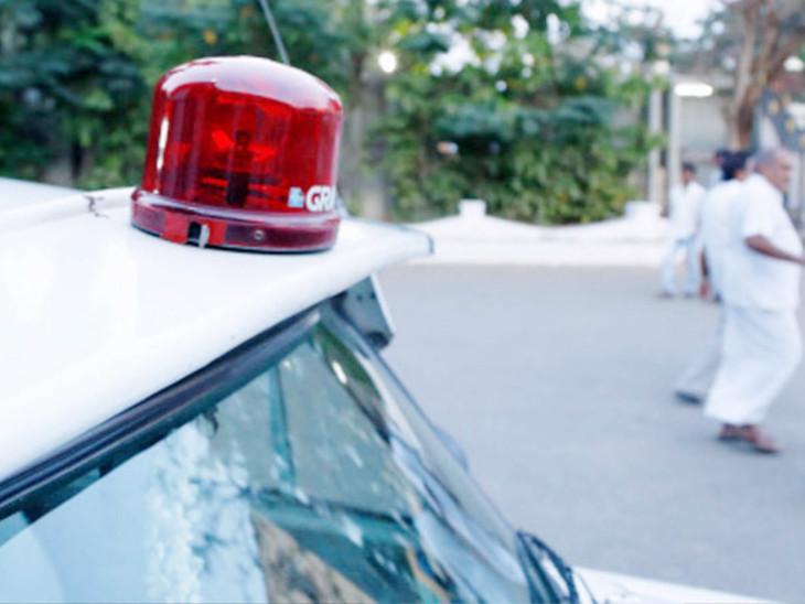જિલ્લા પંચાયતના ભાજપ હોદ્દેદારો સાયરનવાળી સરકારી ગાડી માગે છે અમદાવાદ,Ahmedabad - Divya Bhaskar