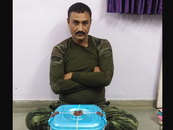 દેત્રોજ ફાટક પાસેથી ગાંજો ભરેલી કાર સાથે 1ને પોલીસે ઝડપી લીધો|રામપુરા,Rampura - Divya Bhaskar