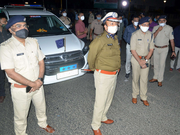 નેશનલ ક્રાઇમ રેકોર્ડ બ્યુરોએ ક્રાઇમ રેટ ઘટાડામાં દેશમાં રાજકોટ શહેર પોલીસને પહેલો નંબર આપ્યો, ટેકનોલોજીની મદદથી ગુનાખોરી ઘટાડી|રાજકોટ,Rajkot - Divya Bhaskar