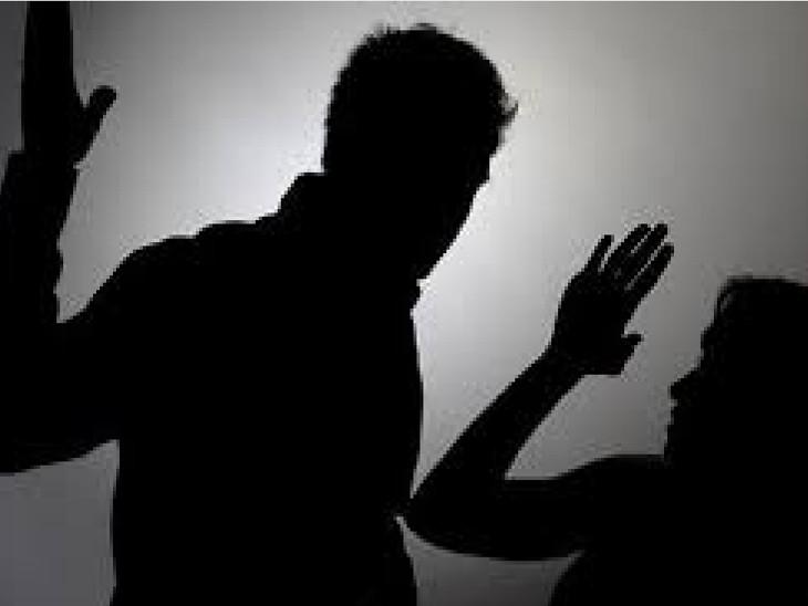 પતિ અને સાસુના ત્રાસના કારણે પરિણીતા ગર્ભમાં સવા બે મહિનાના બાળકનું મોત થયું હતું (પ્રતિકાત્મક તસવીર)
