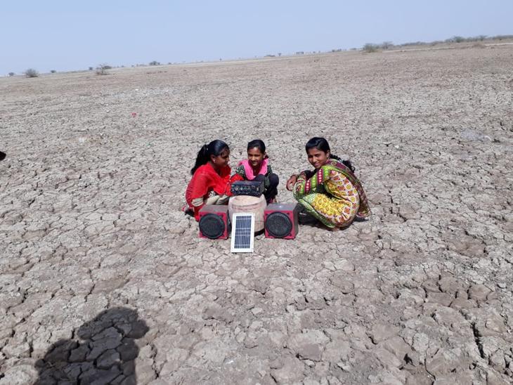 અત્યારે આખા રણમાં સોલાર પેનલથી જ મીઠું પાકે છે. - Divya Bhaskar