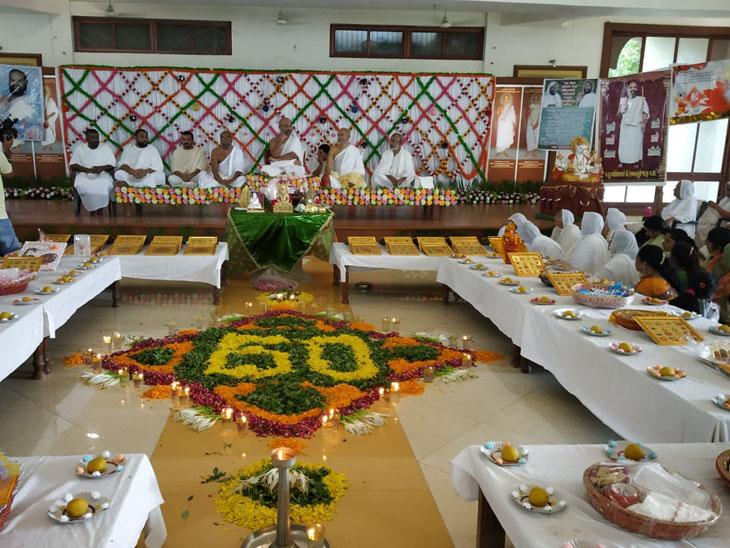 શંખેશ્વરમાં રાષ્ટ્રીય સંત ડૉ.શ્રી હેમચંદ્રસુરીજીના 60માં જન્મોત્સવની ઉજવણી - Divya Bhaskar