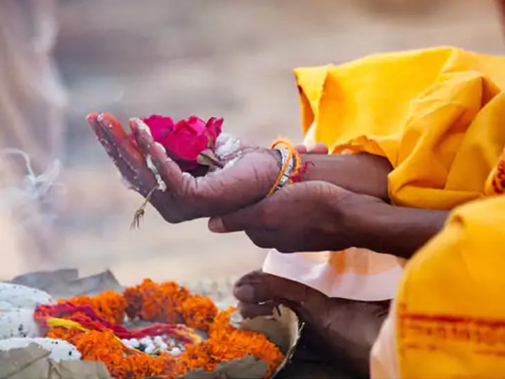 6 ઓક્ટોબરે અમાસ, 3 શુભ યોગ બનવાથી આ દિવસનું મહત્ત્વ અનેકગણું વધી ગયું છે|ધર્મ,Dharm - Divya Bhaskar
