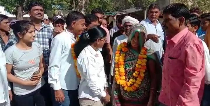 થરા નગરપાલિકાની 24માંથી 20 બેઠક પર ભાજપનો વિજય, વોર્ડ નંબર 6ની 4 બેઠક પર કોંગ્રેસના ઉમેદવારની જીત|પાલનપુર,Palanpur - Divya Bhaskar