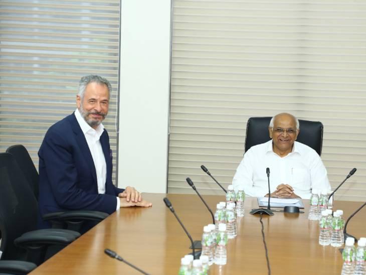 બ્રાઝિલના ભારતસ્થિત રાજદૂતની મુખ્યમંત્રી ભૂપેન્દ્રભાઈ પટેલ સાથે શુભેચ્છા મુલાકાત.