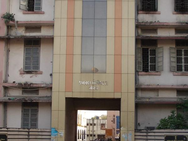 ગોધરા સિવિલ હોસ્પિટલની તસવીર જેમાં બેડનો વધારો કરવાની જરૂર છે. - Divya Bhaskar
