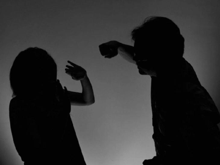 પોલીસે સ્ત્રી સતામણી, મારામારી અને ધાકધમકીનો ગુનો નોંધી કાયદેસરની કાર્યવાહી હાથ ધરી(પ્રતિકાત્મક તસવીર)