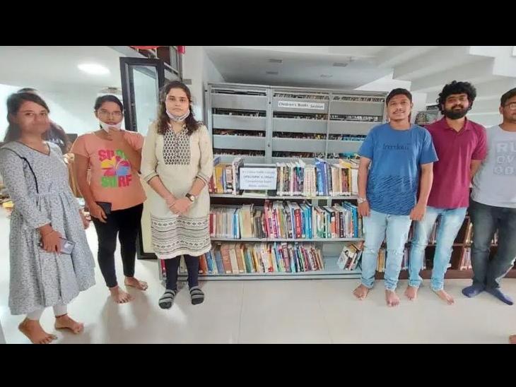 UPSC/GPSC પરીક્ષાની તૈયારી કરતા વિદ્યાર્થીઓ માટે ભરૂચની ખાનગી લાઇબ્રેરીમાં AC રૂમ ફાળવાયો ભરૂચ,Bharuch - Divya Bhaskar