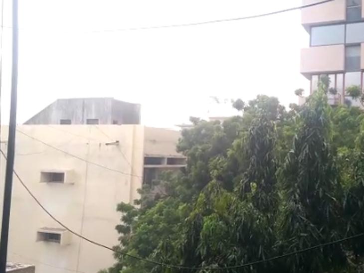 જમાલપુર, રાયખડ, લાલદરવાજા સહિતના અનેક વિસ્તારોમાં વરસાદ