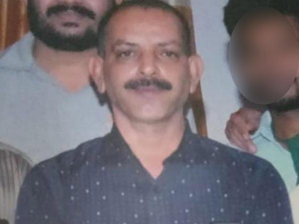 મૃતક બેંક મેનેજર સંજયભાઈ બળવંતરાયની ફાઇલ તસવીર. - Divya Bhaskar