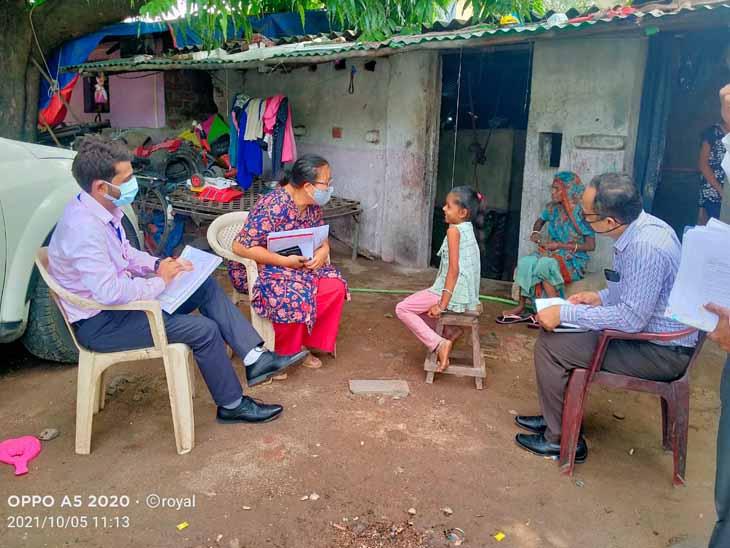 રાષ્ટ્રીય કક્ષાએથી જોઇન્ટ સપોર્ટિગ સુપરવિઝન અને મોનિટરીંગ ટીમે છોટાઉદેપુર જિલ્લાની મુલાકાત લીધી હતી. - Divya Bhaskar