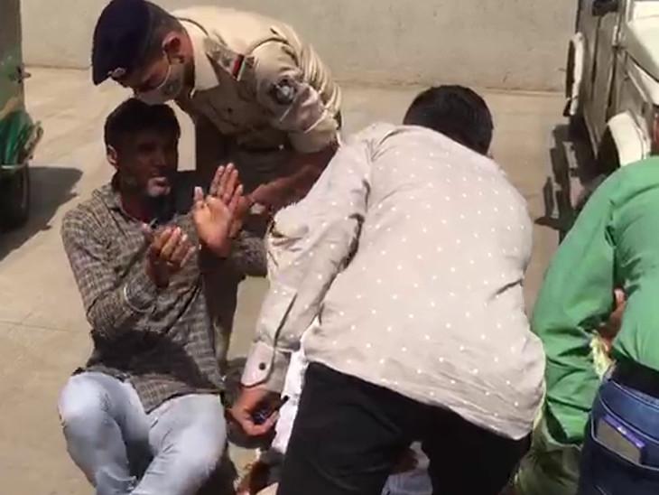 પોલીસે કોંગ્રેસના કાર્યકરો અને નેતાઓની અટકાયત કરી.