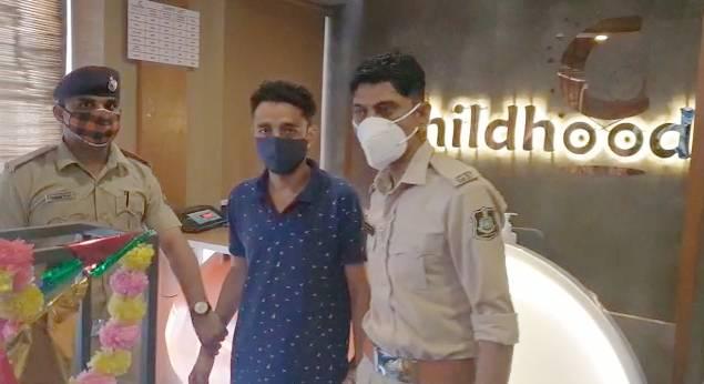 પોલીસે સચિનને લઈને હોસ્પિટલમાં તપાસ હાથ ધરી હતી