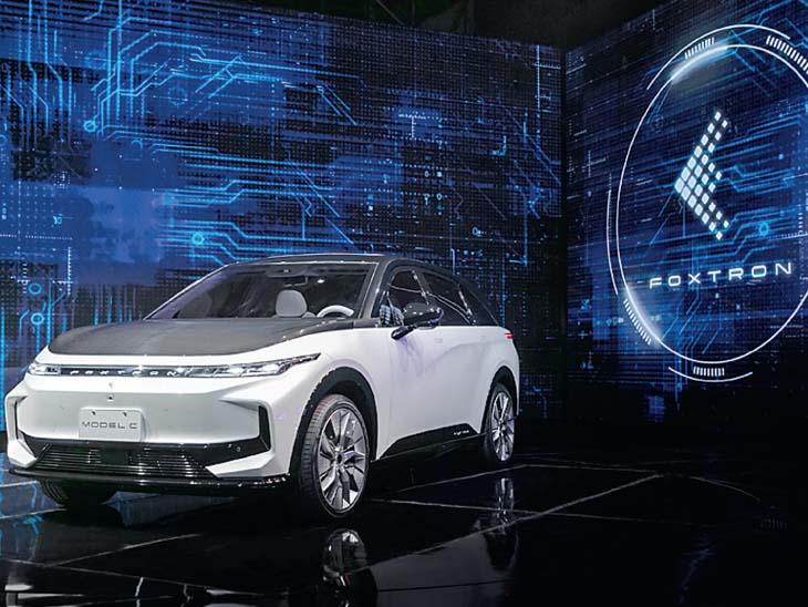 આઈફોન બનાવતી ફોક્સકોન હવે ઈવી પણ બનાવશે, 3 ગાડીઓનો પ્રોટોટાઈપ રજૂ કર્યો બિઝનેસ,Business - Divya Bhaskar